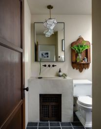 Spanish-bathroom-design