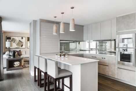 Belgravia-Residence-kitchen-decor-with-gray-accents