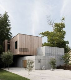 Concrete-box-house-with-flat-roof-style