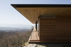 House-in-Yatsugatake-designed-by-Kidosaki-Architects-Studio-With-wood-Paneled