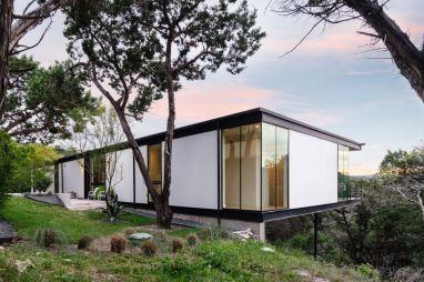 North-Arrow-Studio-Flat-Roof-Style-House