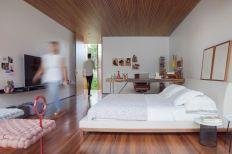 Mi-casa-design-in-Brazil-platform-bed