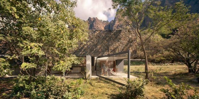 Ház vulkanikus kőzetből