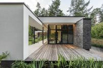 House-by-ArchLAB-studio-with-wood-deck