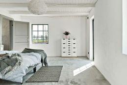 Bedroom-Barn-Coversion-in-Sweden