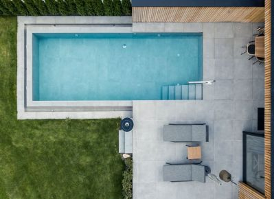 Private-Luxury-Chalet-Purmontes-rectangular-Pool