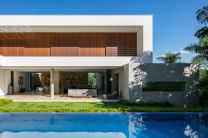 Brazil-Guaica-Residence-Swimming-Pool