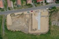 Héhalom polisztirol üzem területének térkövezése, kerítés építése
