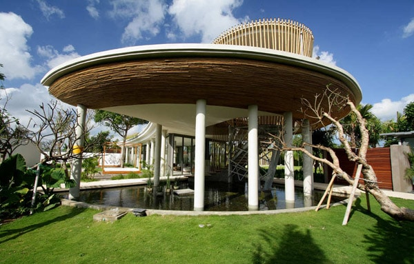 Egzotikus Bali ház, Yoka Sara tervezésében – Készház Portál