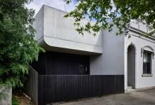 Photo of Modern többgenerációs családi ház beépített medencével