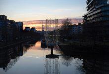"""Photo of Egy dekoratív szerkezet a Vilaine folyón, mely """"elmélkedési pontként"""" szolgál a nyilvánosság számára"""