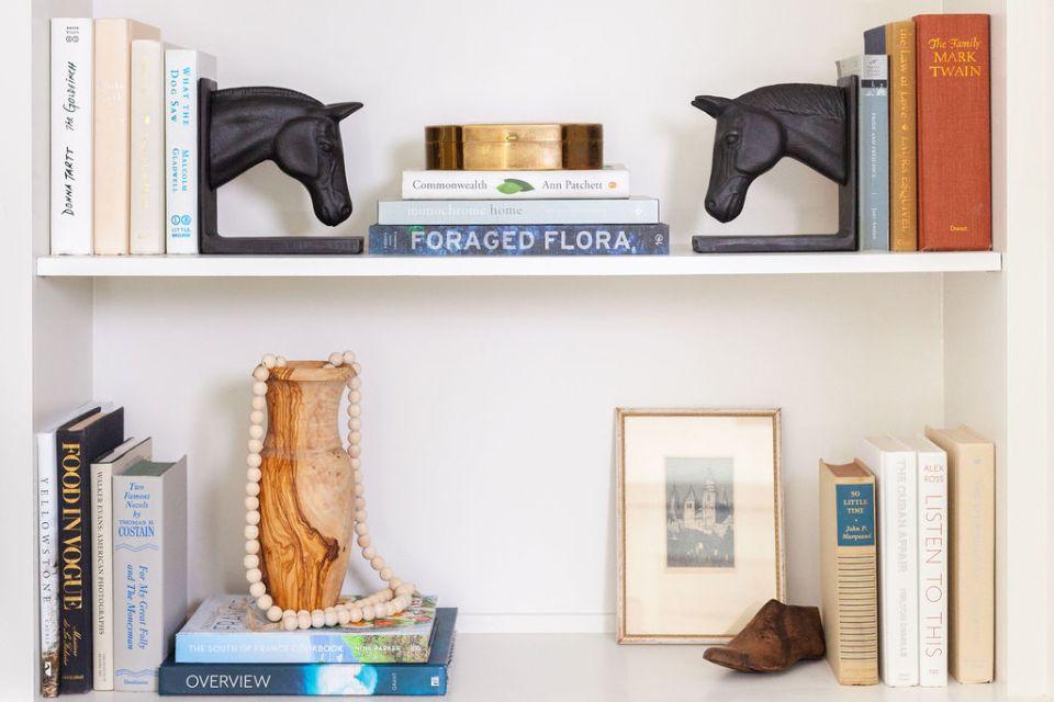 Styled Bookshelf Distance Design