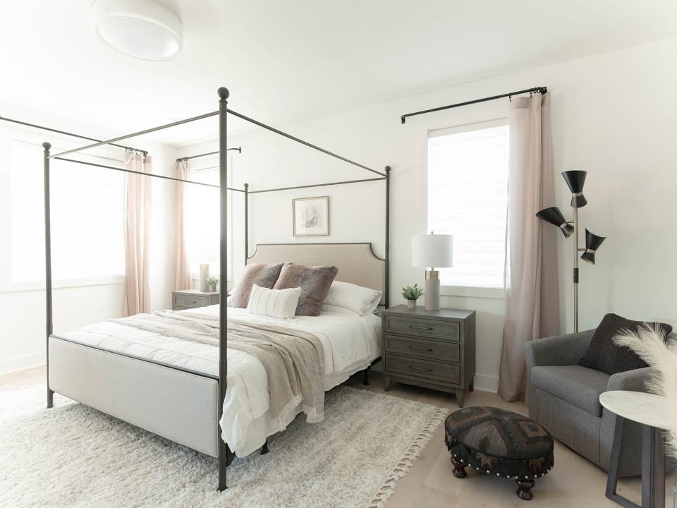 NW Modern primary bedroom with sitting area