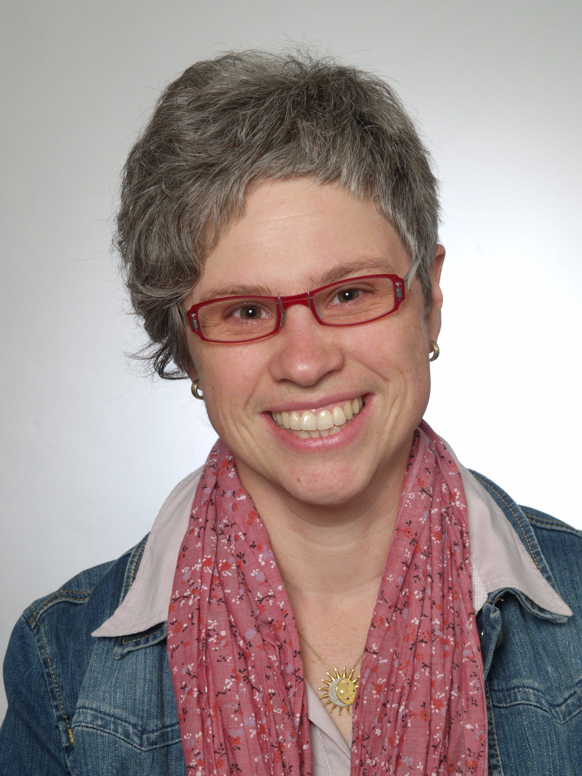 Prof. Dr. Marion Raab