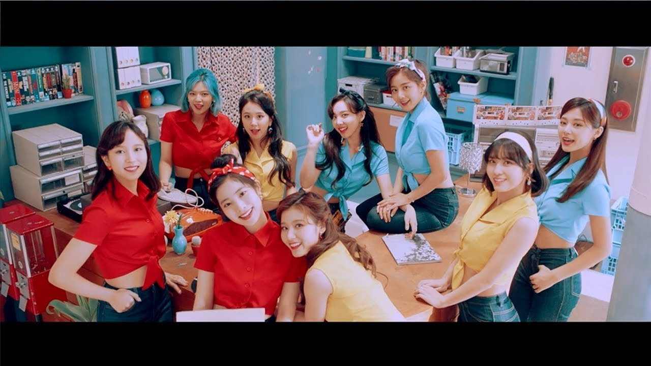 TWICE Remake Lagu 'I Want You Back' The Jackson 5 Dalam MV Jepang Terbaru