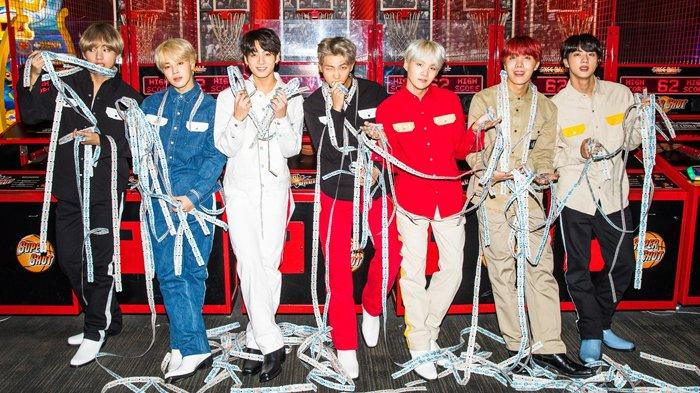 شركة BigHit تشهد زيادةً في أرباحها بنسبة 214% بفضل سجلات BTS القياسية وتتحدى شركات الترفيه الكبرى في كوريا!