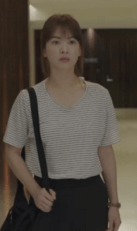descendants_of_the_sun_song_hye_kyo_accessories_6