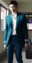 w_lee_jong_suk_suits_02