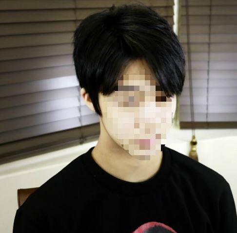 Korean guy hairstyles 6:4 hair parting styles