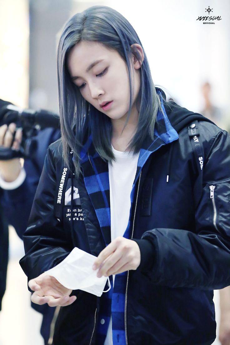 Seventeen Jeonghan- greysilverbluehaircolor-kpopguyhairtrends-kpopguyhairstyles-koreanmenhair-kpopidolhaircolors