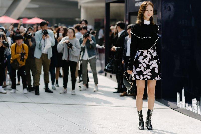 kpop korean idols models seoul fashion week fall styles for girls women kpopstuff