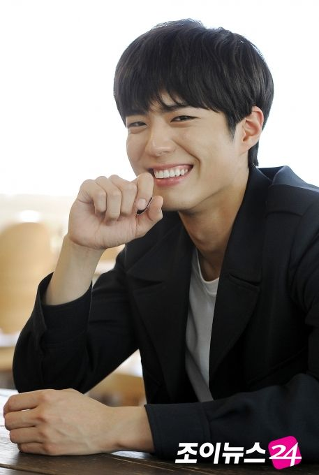 korean actor park bo gum all down hairstyles for korean asian kpop idol men guys