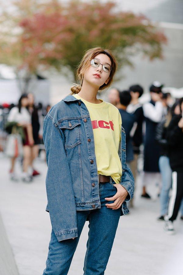 seoul fashion week model korean kpop idols nerdy street style fashion for girls kpopstuff