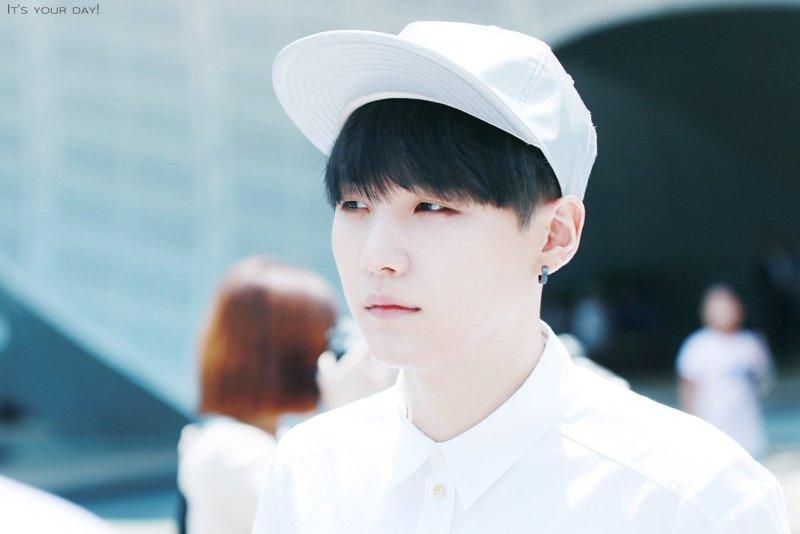 Korean boy group Bangtan Boys BTS idol Suga natural black hairstyle hair color dye hairstyles for guys kpopstuff