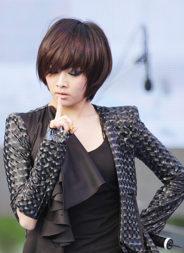 korean girl group kpop kara nicole pixie cut haircut hairstyles for girls women kpopstuff - Kpop ...
