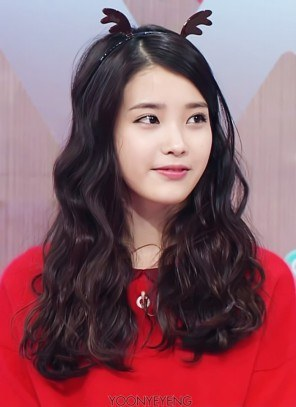 Korean solo singer IU curly wavy hair permed hairstyle for girls kpopstuff nations little sister
