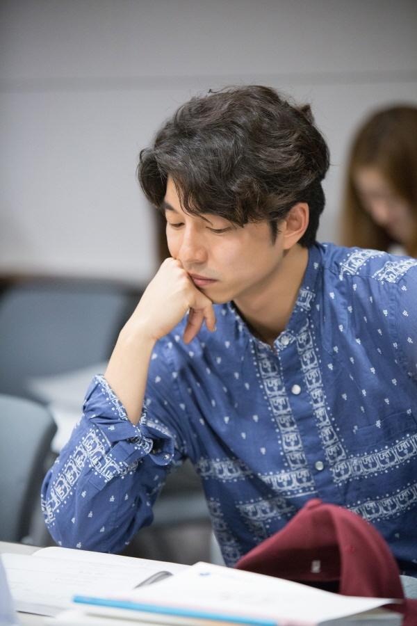 korean drama kdrama goblin actor gong yoo's goblin hairstyle parting perm hairstyle for guys kpop idol kpopstuff