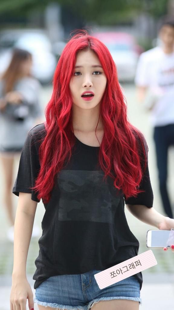 Korean kpop idol girl group girl's day yura red dyed hair mermaid hair color hairstyles for girls kpopstuff