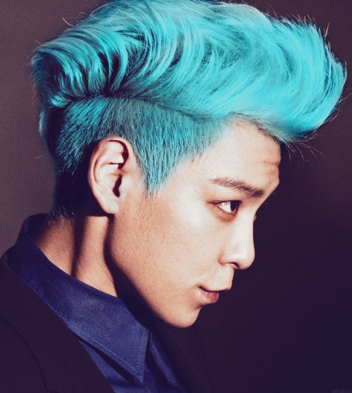 korean kpop idol big bang boy band group top T.OP blue hairstyle colorful hairstyles for guys kpopstuff