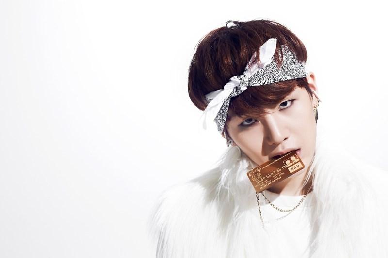 korea korean kpop idols boy band group BTS bangtan boys suga rapper N.O bandana hairstyle gym workout hairstyles fashion for guys kpopstuff