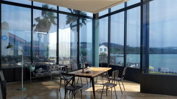 korea korean kpop idol boy band group big bang gdragon's cafe the monstant cafe in jeju island korea destinations interior decor kpopstuff