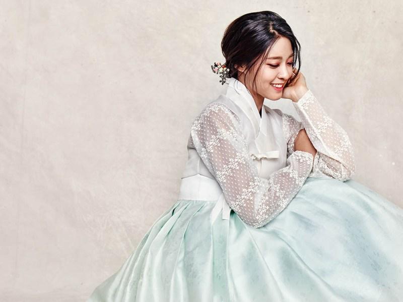 korea korean kpop idol girl band group aoa seolhyun's dress fashion blue white hanbok traditional dress outfit style for girls kpopstuff