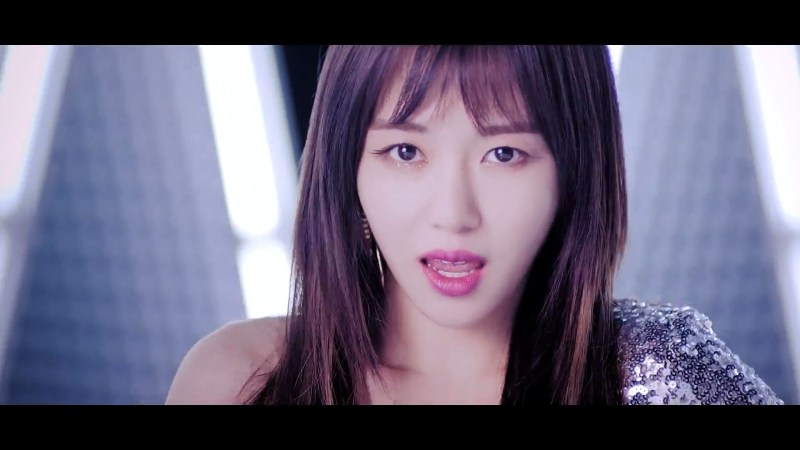 korea korean kpop idol girl group band aoa mina's layered cut bing bing mv haircut for girls closeup kpopstuff