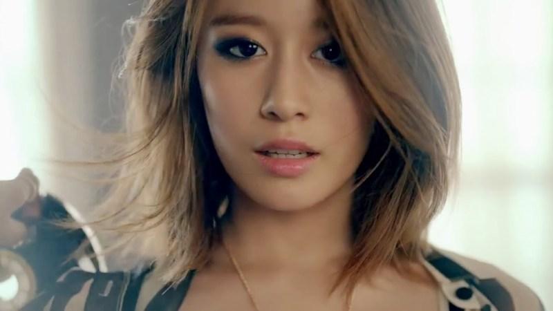 korea korean kpop idol girl group band tara t-ara jiyeon's lob hairstyle messy layered bob haircut hairstyles for girls kpopstuff main