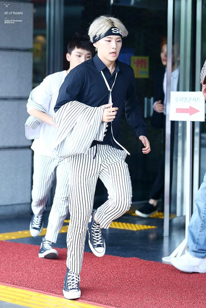 Seventeen Hoshi S Headband Looks Kpop Korean Hair And Style