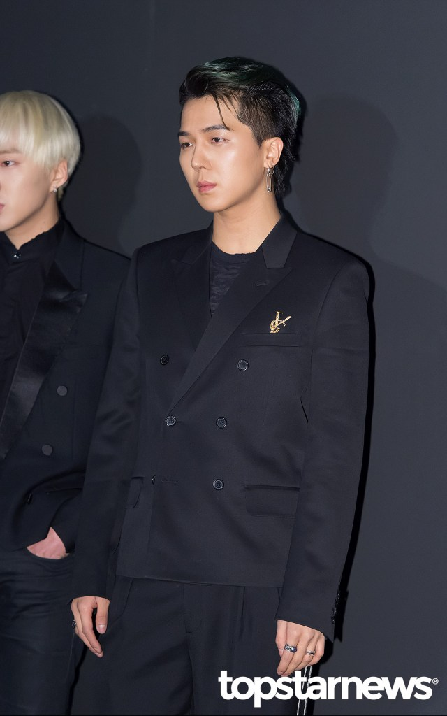 korea korean kpop idol boy band group winner mino and seungyoon at saint laurent chic modern fashion style looks for guys men kpopstuff