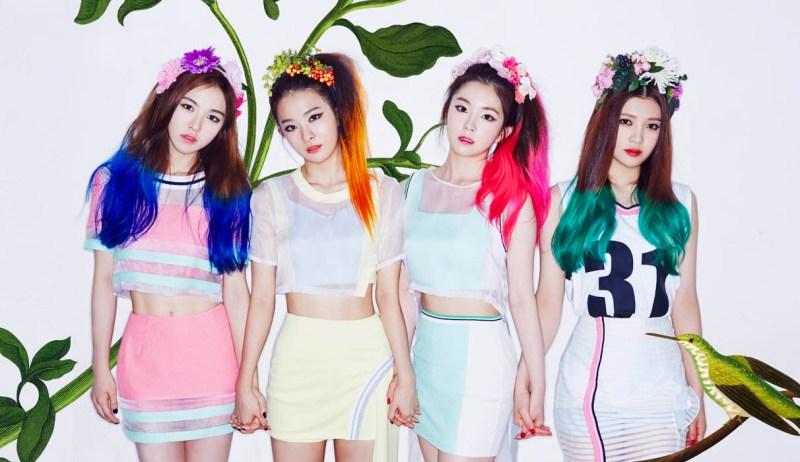 korea korean kpop idol girl band group red velvet's skirt fashion looks happiness era sporty casual tennis skirt looks outfits for girls kpopstuff