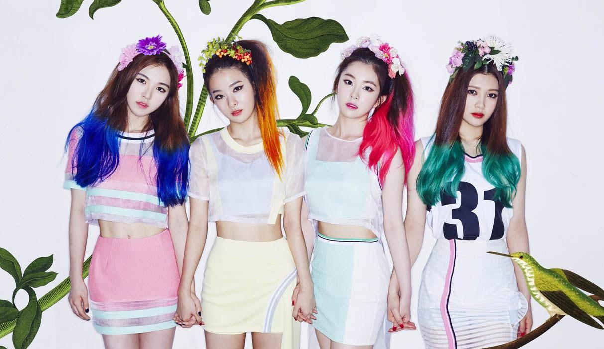 6cff51702981 Korea Korean Kpop Idol Girl Band Group Red Velvet S Skirt Fashion