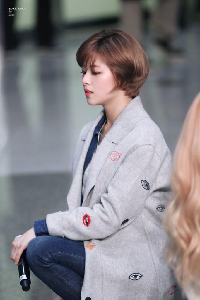 korea korean kpop idol girl band group twice jungyeon's short pixie cut haircut shortcut bob long grown out hair hairstyles for girls kpopstuff