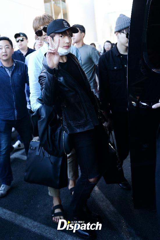 korea korean kpop idol boy band group bts bbma airport fashion bangtan boys jungkook billboard las vegas arrival guys men kpopstuff