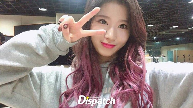 korea korean kpop idol girl group band twice sana's purple hair violet pink hair dye color spring trends hairstyles for girls women kpopstuffkorea korean kpop idol girl group band twice sana's purple hair violet pink hair dye color spring trends hairstyles for girls women kpopstuff