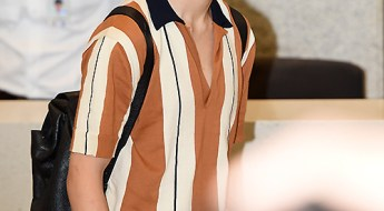 korea korean kpop idol boy band group bangtan bts jimin's pink hair new hairstyle dye color bright lemonade airport fashion styles guys boys kpopstuffkorea korean kpop idol boy band group bangtan bts jimin's pink hair new hairstyle dye color bright lemonade airport fashion styles guys boys kpopstuff