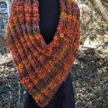 shrug handknit rusts 19.17