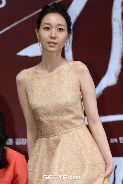 イ・ユヨン / Lee Yoo-Young / 이유영