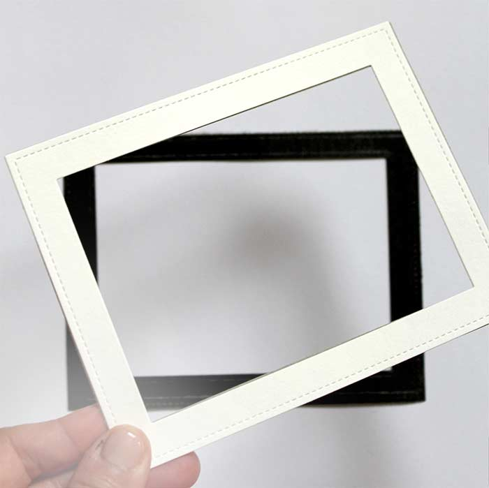 DIY Picture Display with Magnet Frames