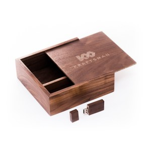 PREMIUM WOODEN SLIDE BOX WITH FLASH DRIVE